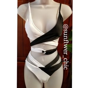 🆕️NWT Black & White Front Wrap Tie Bikini